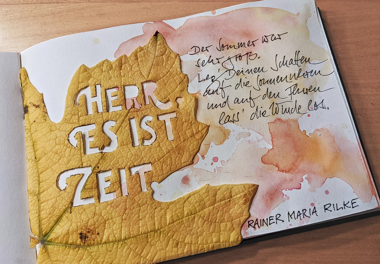 #18 #rainermariarilke, #herbstgedicht, wine leaf, papercut @indigraphpen, @schmincke_official, coronadoodles to be continued